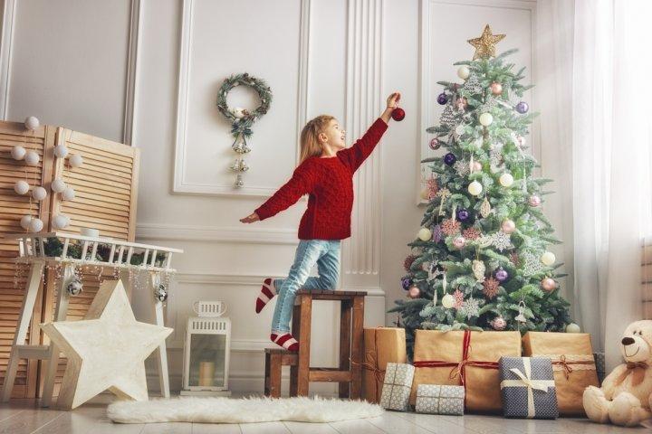 小学3年生の女の子に人気のクリスマスプレゼントランキング2019!シールメーカーにも大注目