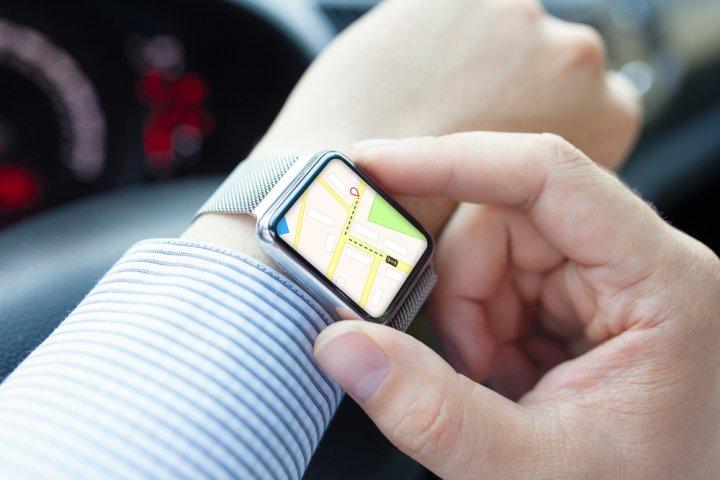 e11226f836 人気のスマートウォッチ12選・2019年最新版!iPhone、Androidにはこれが ...