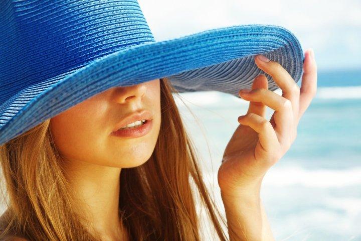 0239f96fb80280 人気のレディースブランド帽子ランキング2019!モンベルやニューヨークハットなどがおしゃれな女性