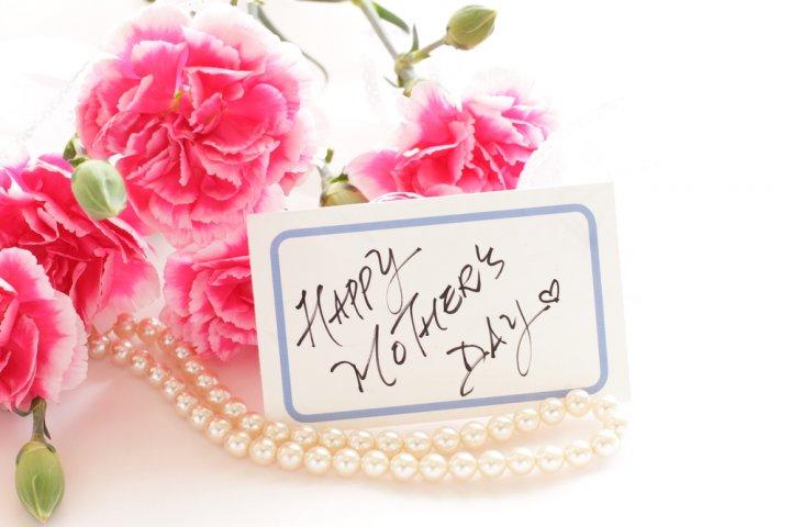母の日に人気のアクセサリー&ジュエリー特集!母親が喜ぶおすすめブランドランキング2021