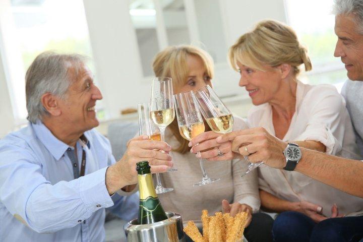 還暦祝いのプレゼントに人気のお酒12選!おすすめの獺祭などをご紹介
