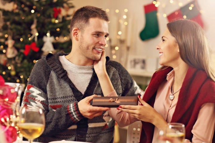 クリスマスプレゼントで彼氏が喜ぶメンズアクセサリー 人気ブランドランキング2020【最新おすすめ特集】