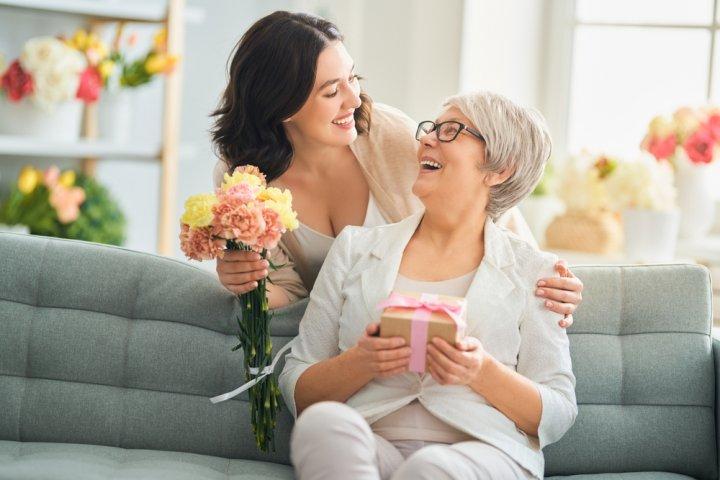 70代の母が喜ぶ母の日ギフト 人気プレゼントランキングTOP15!【2020年最新情報】