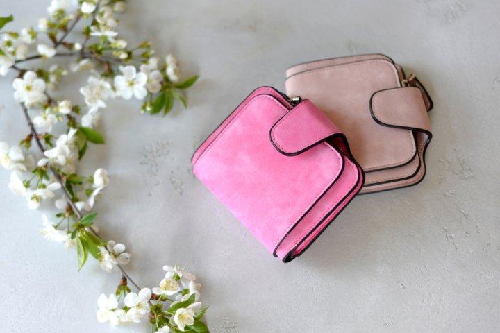 女子高校生におすすめのレディース二つ折り財布 人気ブランドランキング25選!