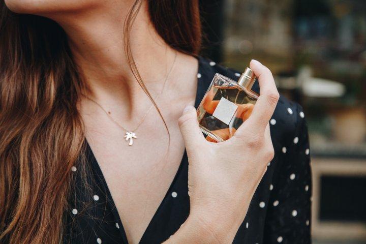 女子高校生に人気のレディース香水おすすめブランドランキング25選【2019年最新版