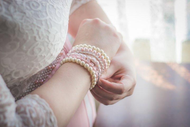 女性なら憧れる真珠のアクセサリー12選!プレゼントには上品なネックレスやピアスがおすすめ!