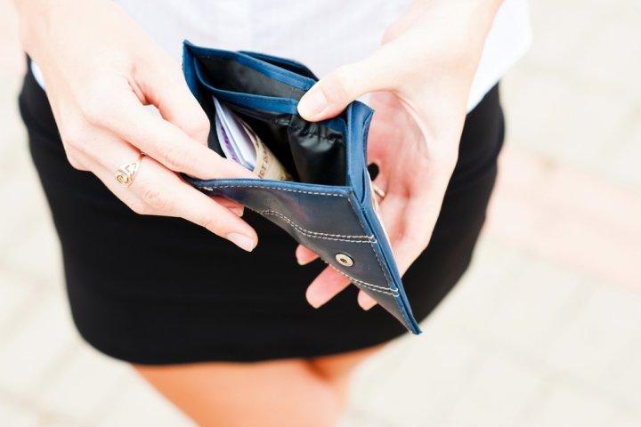 女性に人気の薄いレディース財布おすすめブランド12選【2019年最新版】