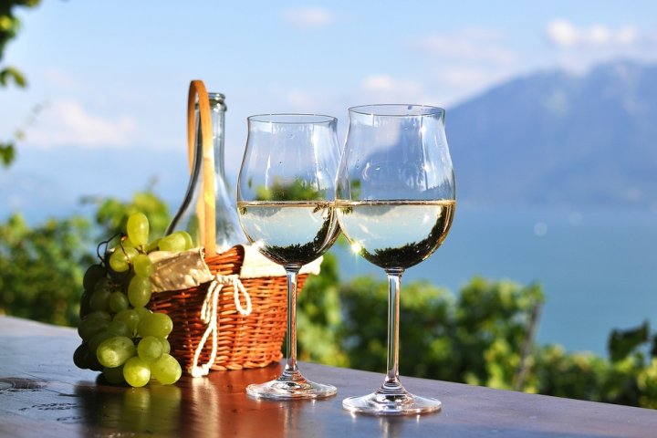 ブランドペアワイングラス人気ランキング2020!結婚祝いのプレゼントにもおすすめのウェッジウッドなどを紹介