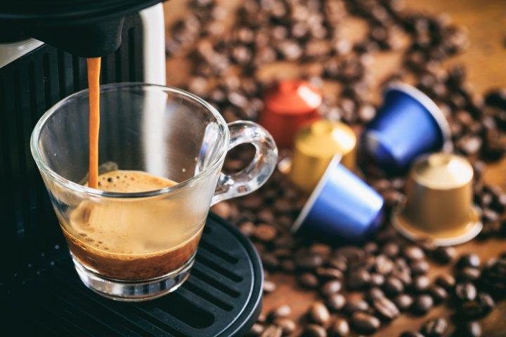 ブランドコーヒーメーカー人気ランキング2019!デロンギなどのおしゃれなプレゼントを紹介