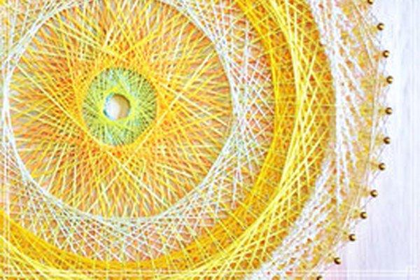 幾何学模様が美しい「糸かけ曼荼羅の制作キット」の開発秘話をインタビュー|株式会社メサイア(日本糸曼荼羅協会)