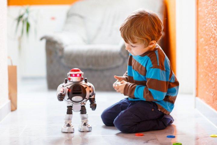 6歳の男の子に喜ばれる人気の誕生日プレゼントランキングTOP10!メッセージ文例も紹介