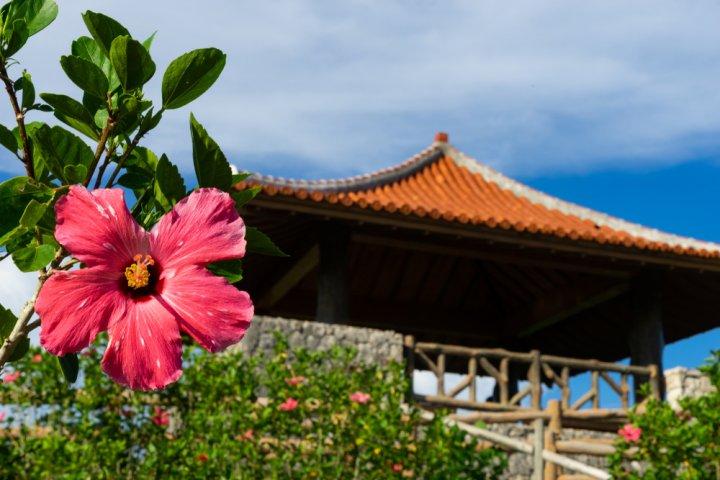 沖縄で泊まるなら人気の沖縄の温泉宿へ!結婚記念日のお祝い旅行にもおすすめ!