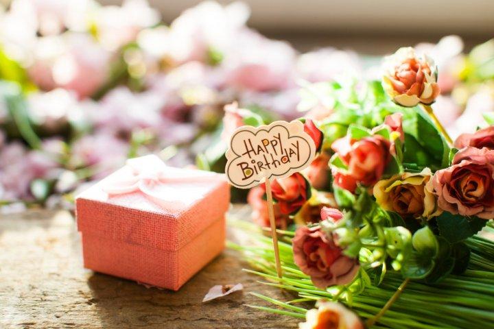 30代女性が喜ぶ誕生日プレゼントアイデア30選!気持ちが伝わるのはこれ!