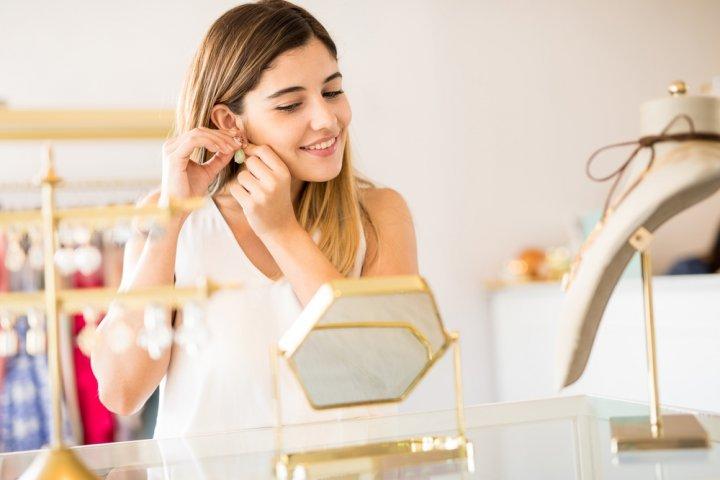 女性におすすめのシンプルなイヤリング 人気のブランド12選!【2021年最新版】