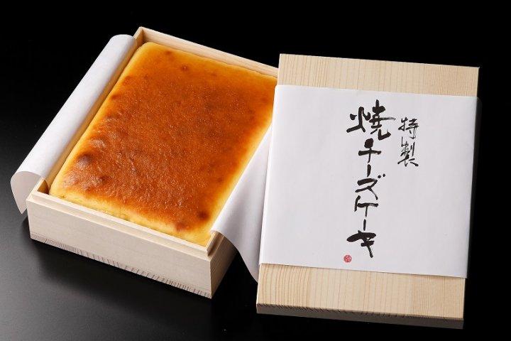 チーズの配合率約70%!一口で満足感が得られる濃厚な「武蔵野茶房 特製焼チーズケーキ【木箱入】」の開発秘話をインタビュー|株式会社 武蔵野テーブル