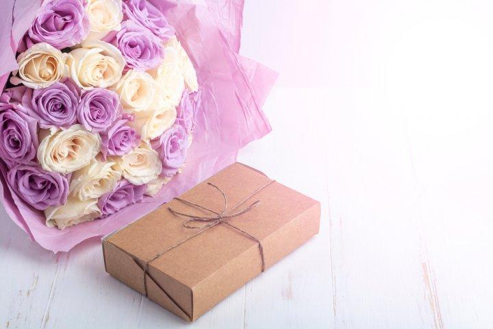 70代女性が喜ぶ誕生日プレゼントランキング47選!母や祖母に贈る人気&おすすめプレゼント特集!