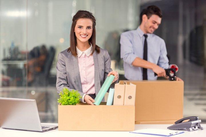 転勤する女性に喜ばれるプレゼント10選!人気ランキングやメッセージ文例も紹介