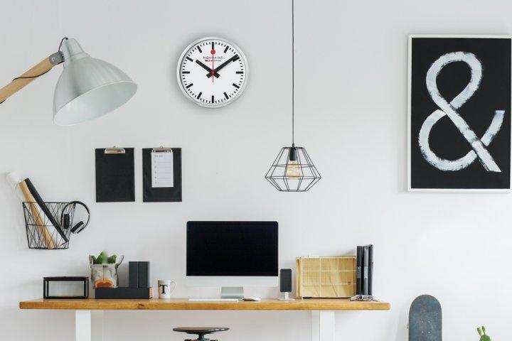 ニューヨーク近代美術館にも展示されている「ウォールクロック」。おしゃれな家庭用時計の開発秘話を大公開! DKSHジャパン株式会社