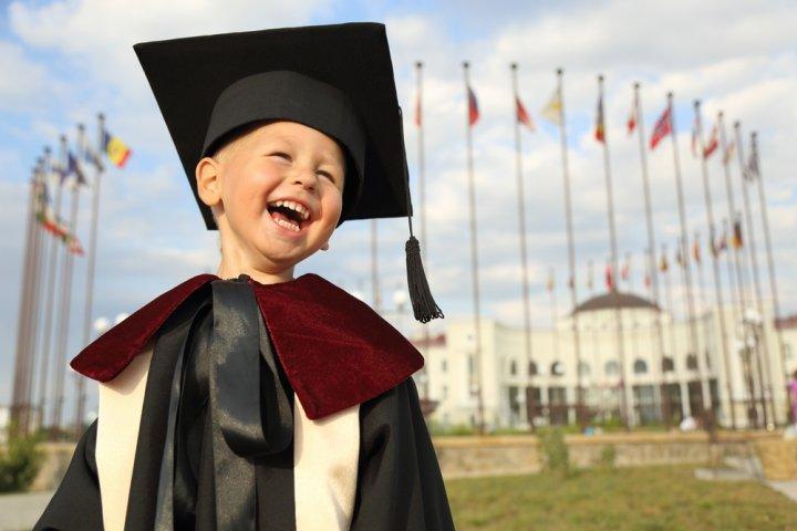 小学校の卒業祝いにおすすめのプレゼント人気ランキングTOP15!