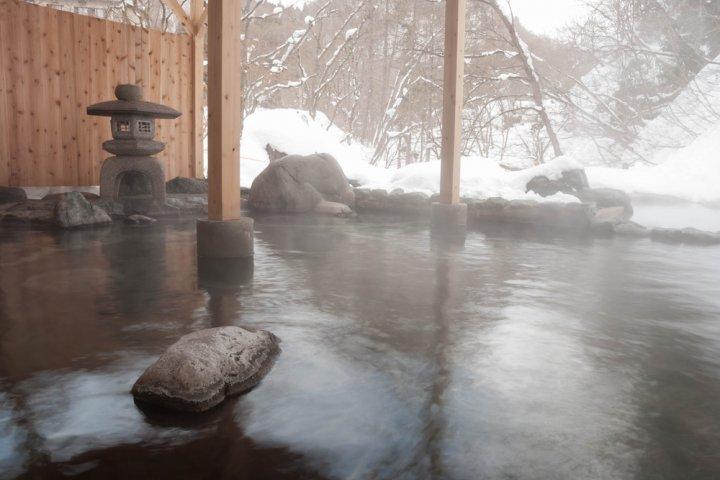 夫婦で泊まってみたい!結婚記念日に人気の北海道の温泉宿2021!