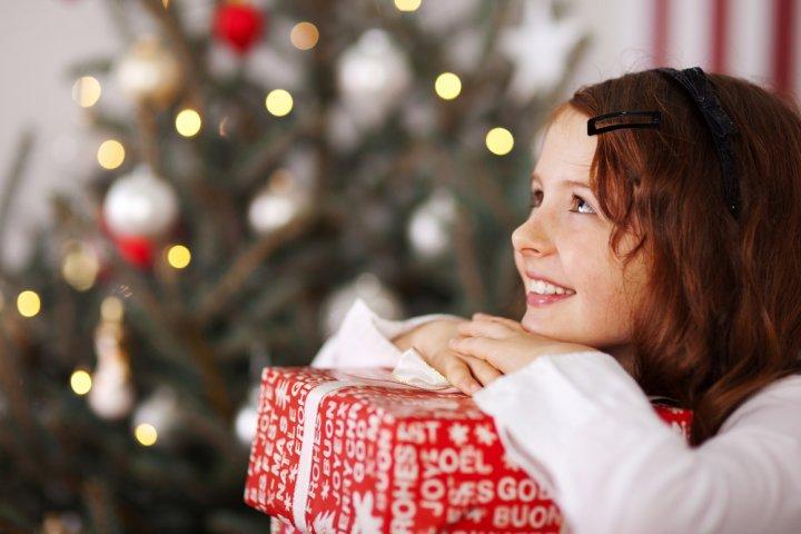 小学生の女の子に喜ばれるクリスマスメッセージとは?書き方のポイントや文例を徹底解説!