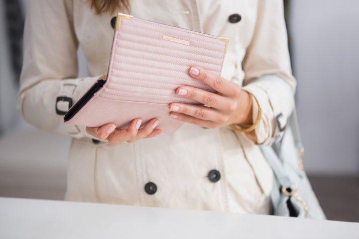 d8e4f85c32f5 彼女、妻、母の誕生日プレゼントに人気の財布レディースブランドランキング