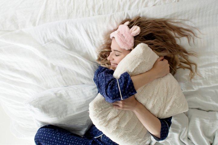 彼女、妻、母が喜ぶおしゃれな安眠グッズの人気ランキングTOP10!女性の誕生日プレゼント特集