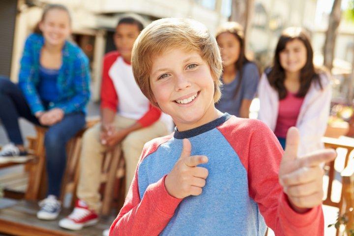 小学生高学年の男の子に喜ばれる誕生日プレゼントランキング2019!3DSやドローンが話題沸騰中!