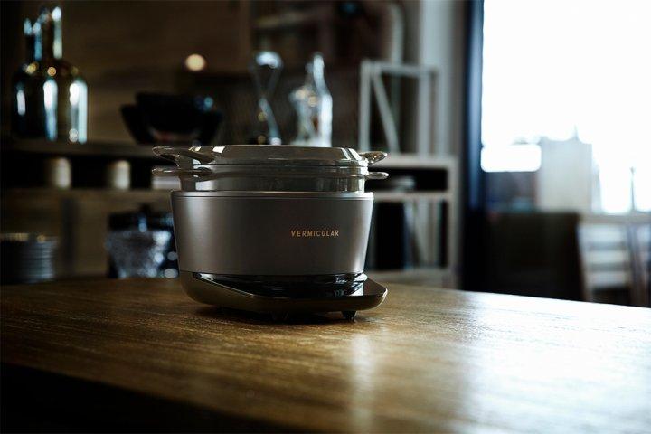 美味しい鍋炊きご飯を楽しめるほか、様々な調理ができる新発想の炊飯器「バーミキュラ ライスポット」の開発秘話とは 愛知ドビー株式会社