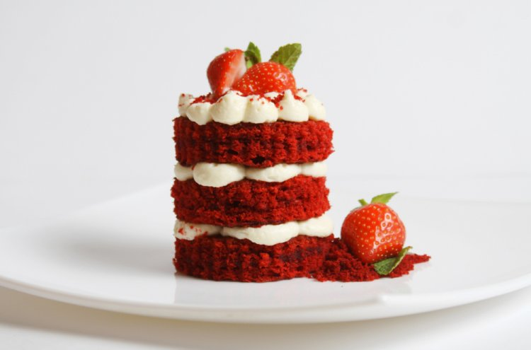 How to Make Red Velvet Cake at Home That's as Good as the One at Your Favourite Cake Shop! 4 Fail Proof Recipes for Red Velvet Cake (2019)