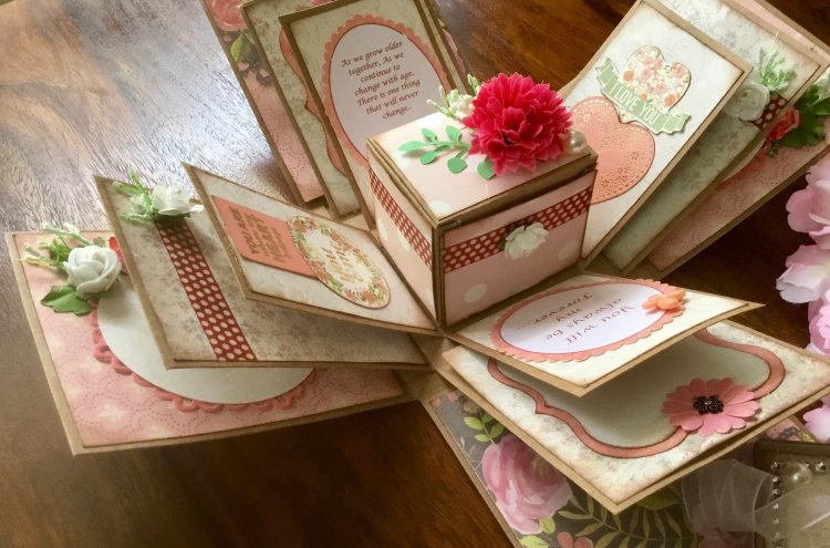 Turn Your Stash of Photos into a Treasured Book of Memories. Don't Know How to Make a Scrapbook with Photos? Turn to a Professional Scrapbookist!