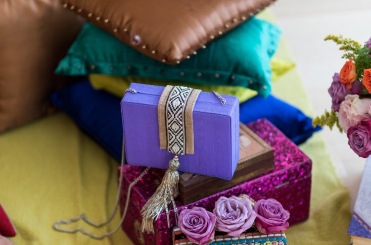 How to Give Memorable Wedding Return Gifts and 10 Classy Gift Boxes for Weddings That Will Leave a Lasting Impression (2019)