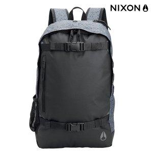 NIXONのSMITH SKATEPACK II