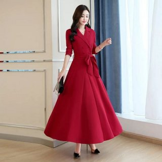 Model Long Dress