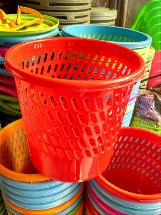 Tempat Tong Sampah Plastik Calista