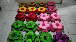 Bantal Sofa Bunga Mawar