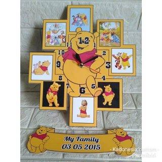 Jam Dinding Pigura Foto Karakter Winnie the Pooh