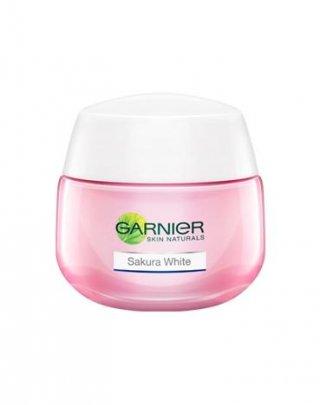 Garnier Sakura White Pinkish Radiance Whitening