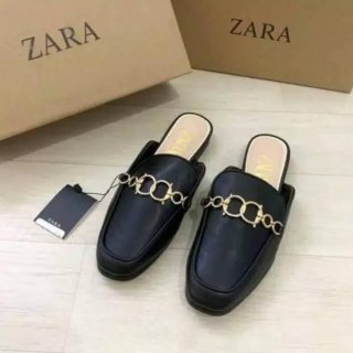 Sepatu ZR-175 Leather Mule Loafers with Chain Detail