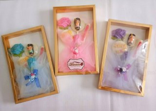 Hadiah Wisuda - Cokelat Buket Bunga Dengan Ucapan 2D