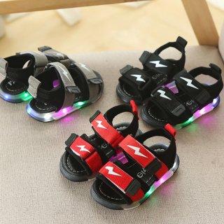Sepatu Sandal dengan Bahan Kulit PU Breathable dan Lampu LED Warna Warni
