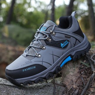 Leedoo Sepatu Hiking Anti Air