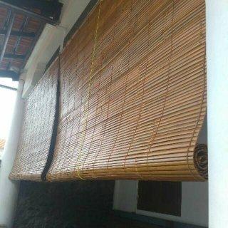 Tirai Gulung Bambu