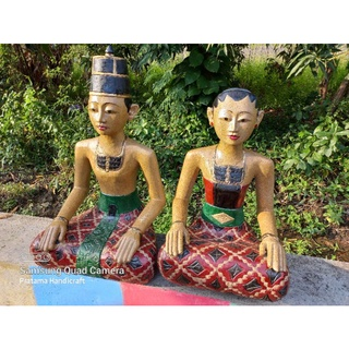 8. Patung Loro Blonyo