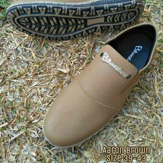 Biantes Sepatu Casual Pria