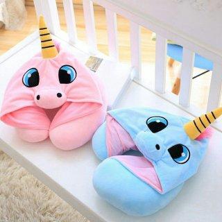 2. Travel Pillow untuk Istirahat dengan Baik
