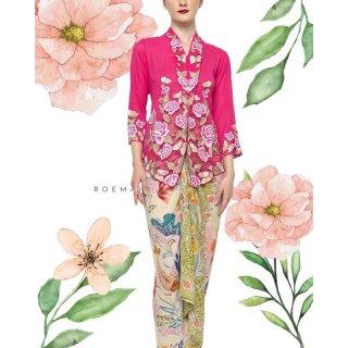 Kebaya Nyonya Klasik Pink