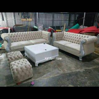 Sofa Tamu Chesterfield