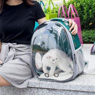 21. Tas Astronot Biar Nggak Ribet Bawa Kucing Pergi Jalan-jalan