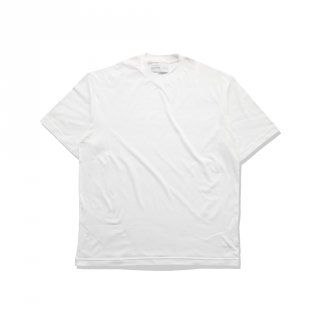 ADLER Oversized T-Shirt Putih